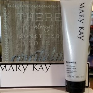 Mary Kay Timewise 3 - in 1 Cleanser